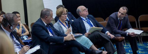 Grand corruption panel, image by Mauro Pimentel