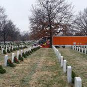 """Wreaths Across Americas """"Trucking Tributes"""" Present Schneider"""