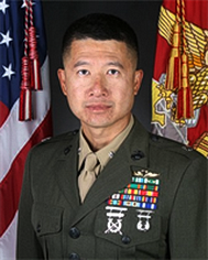 Trung ta Nguyen T, John, anh cua 4th Marine Aircraft Wing