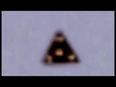 UFO News ~ UFO FLEET over GIZA PYRAMIDS and MORE Hqdefault