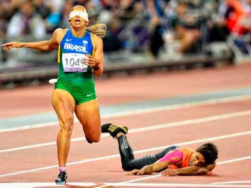 Projeto de pesquisadores amazonenses 'elimina' figura do guia em provas de atletismo paralímpico.