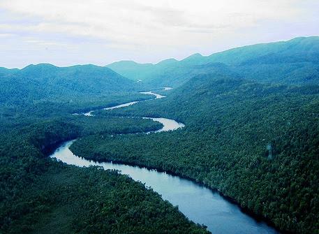 https://i0.wp.com/static.newworldencyclopedia.org/0/0c/Winding_river_tasmania.jpg
