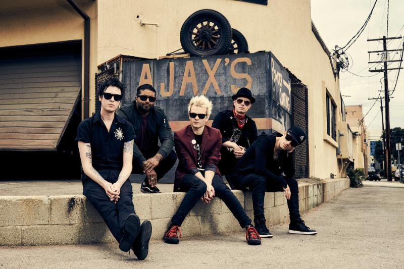 SUM 41 have announced a Fall 2016 North American tour in support of their forthcoming new album, 13 Voices