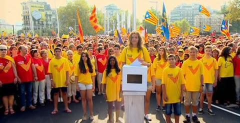 La simbólica consulta soberanista del 9-N en Catalunya permitía votar a los mayores de 16 años. Archivo EFE.