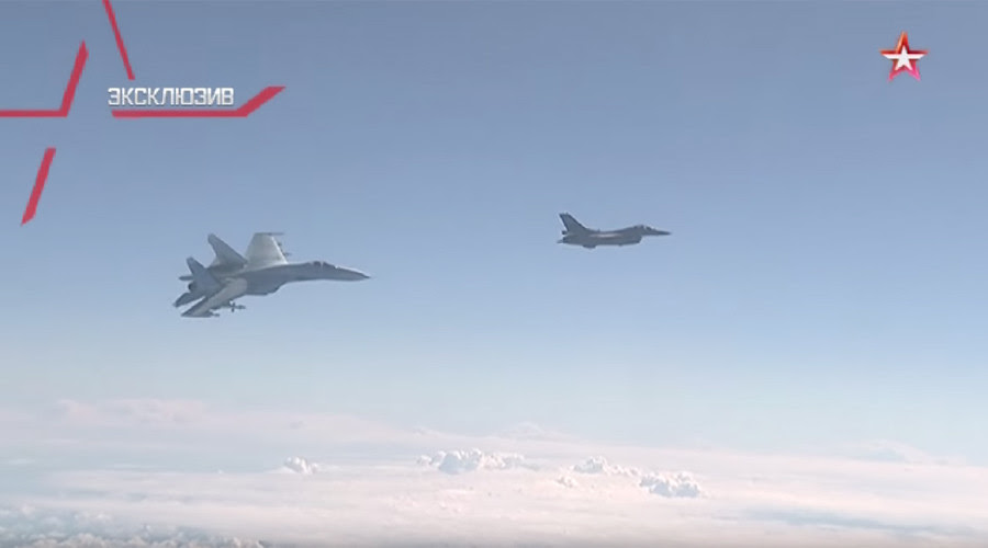 Russian, NATO Jets in Near Standoff, F-16 Buzzes Defense Minister's Airplane - Caught on Video