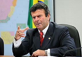 O ministro do Superior Tribunal de Justiça Luiz  Fux assume a presidência da comissão especial instalada pelo Senado para  elaborar o anteprojeto de um novo Código de Processo Civil - Wilson  Dias/Agência Brasil