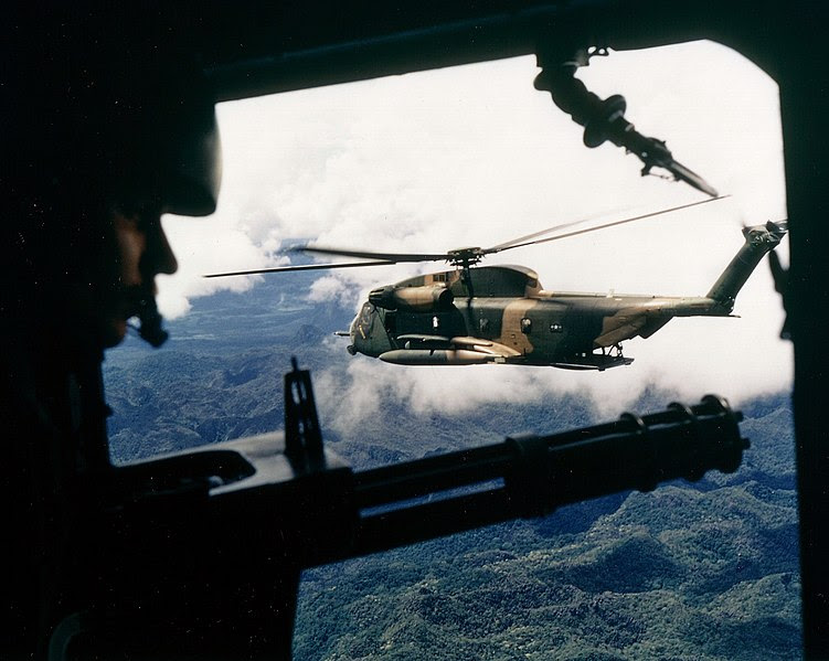 http://upload.wikimedia.org/wikipedia/commons/thumb/b/b1/HH-53C_over_Vietnam_October_1972.jpg/751px-HH-53C_over_Vietnam_October_1972.jpg