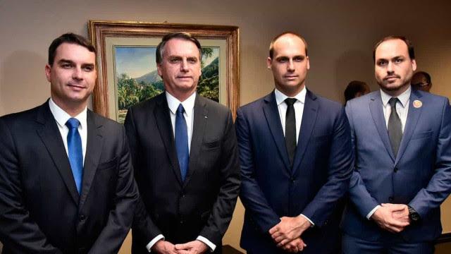 CPI expõe elo de lobistas e filhos de Bolsonaro