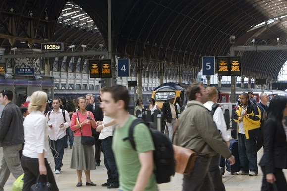 Passengers advised to check before they travel ahead of London Marathon