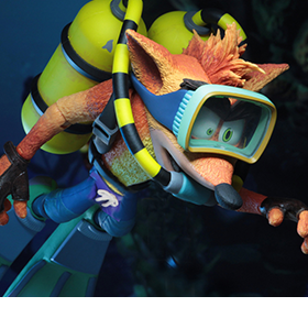 CRASH BANDICOOT WITH SCUBA GEAR DELUXE FIGURE