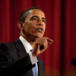 1280px-Barack_Obama_speaks_in_Cairo,_Egypt_06-04-09