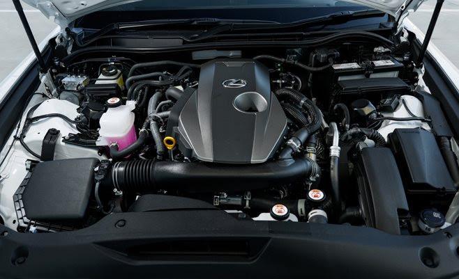 Lexus IS300 F Sport engine