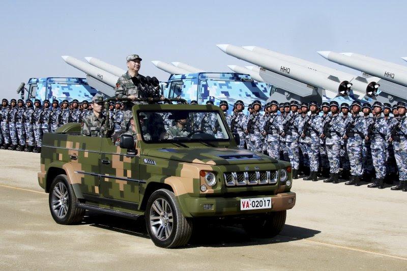 中國人民解放軍為慶祝建軍90周年,在內蒙古朱日和基地舉行大閱兵,習近平親自主持(AP)