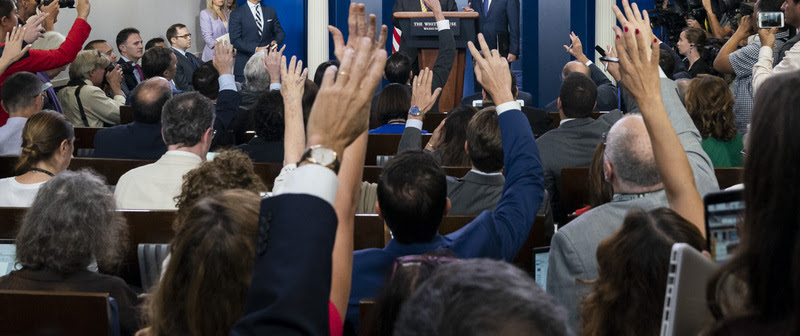 Handle live briefings better with a dynamic teleprompter that lets you change the script based on audience questions.