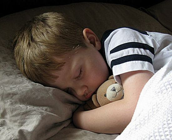 النوم يساعد علي التعلم