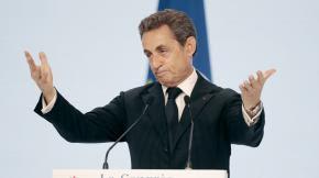 VIDEO. Sarkozy relativise les sifflets contre Juppé