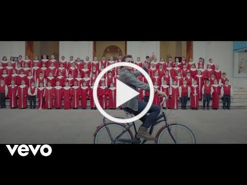 Carlos Vives - Mañana (Official Video)