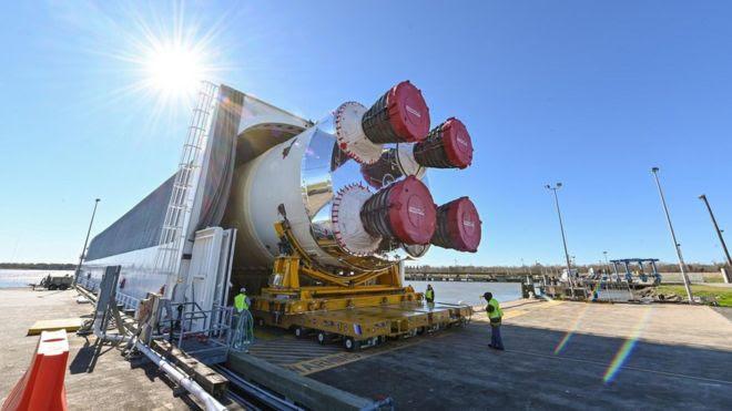 Parte central do foguete SLS