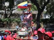 Thousands of supporters of Venezuelan President Nicolas Maduro came out Saturday in Caracas (Venezuela).