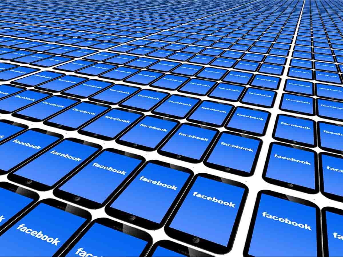 Filtran datos de 500 millones de cuentas de Facebook