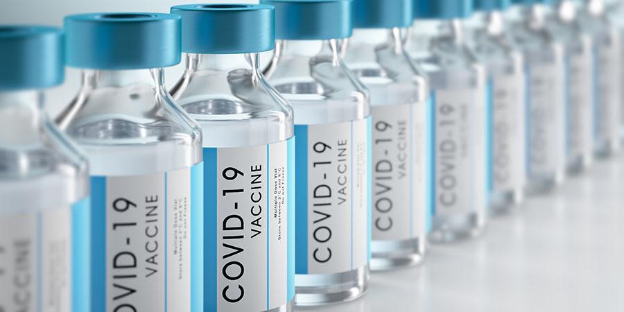 foto de los viales de la vacuna COVID-19