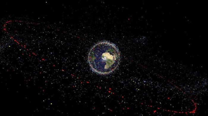 Mysterious Artificial Space Object Heading Towards Earth