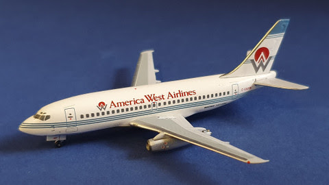 Boeing 737-200 America West,'old colours' C-GAPW