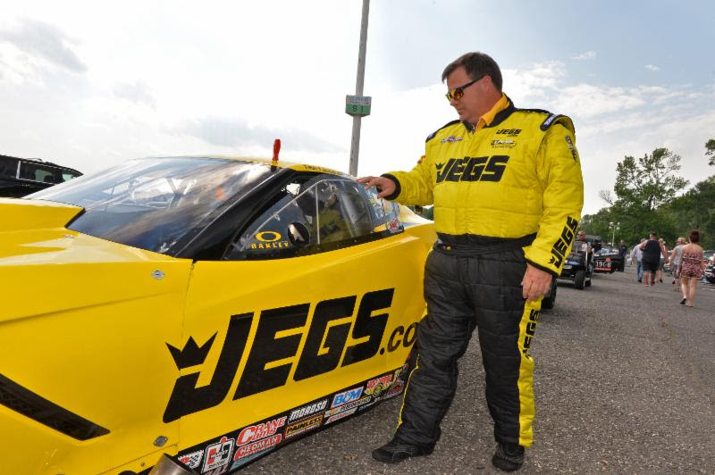 Troy Coughlin Sr. surges to top of  Pro Mod on Day 1 of U.S. Nationals
