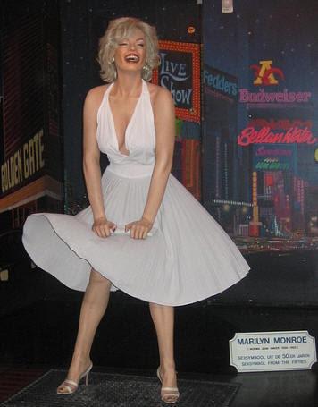 Кукла Мэрилин Монро в музее Тюссо
