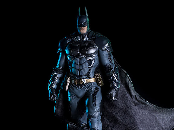 ARKHAM KNIGHT 1/10 DELUXE BATMAN ART STATUE