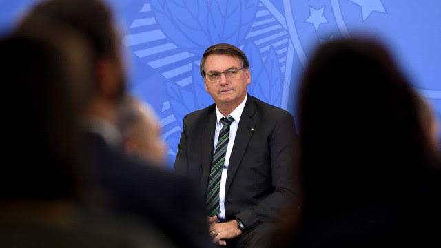 Bolsonaro diz que multa para discriminação salarial pode tornar emprego para mulheres 'quase impossível'
