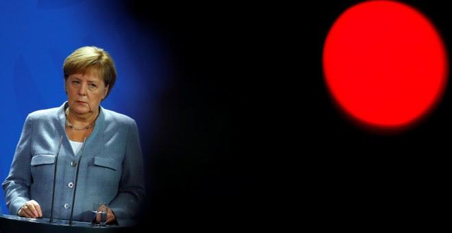 La canciller alemana, Angela Merkel en una rueda de prensa. / REUTERS - FABRIZIO BENSCH