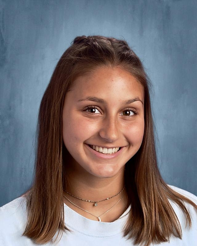 Hannah Bardei, an Engineering student from Arlington, is the Class of 2021 Valedictorian for Minuteman High School.