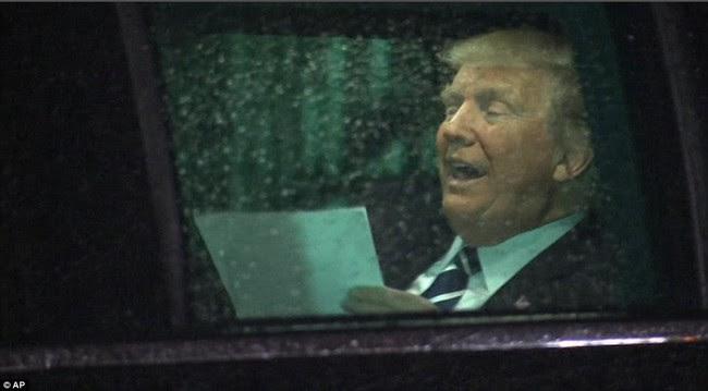 Bên trong chiếc xe mãnh thú của Tổng thống Donald Trump - Ảnh 3.