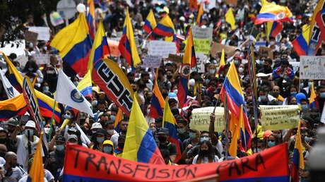 ¿Diálogo o negociación? El dilema entre el Gobierno y los promotores de la protesta en Colombia en su primer encuentro