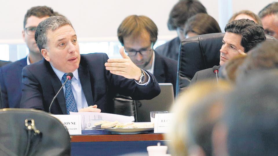 El ministro de Hacienda y Finanzas, Nicolás Dujovne, presentando el Presupuesto 2019.