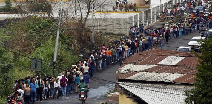 https://panampost.com/wp-content/uploads/venezuela-lines-1.png