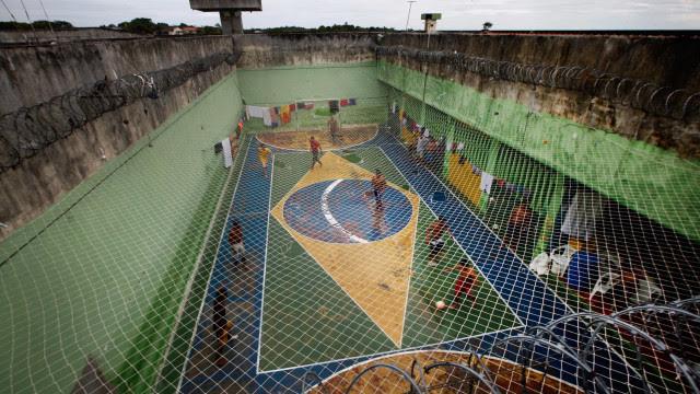 Saúde vira principal reclamação nas prisões de SP, onde paciente de Covid só recebe paracetamol