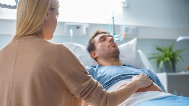 O mistério prevalece. Porque o coronavírus mata mais os homens?