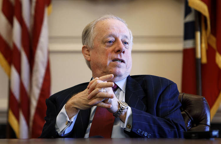 Former Tennessee governor Phil Bredesen (D) plans to enter the race for the empty Senate seat in his state. (Mark Humphrey/AP)