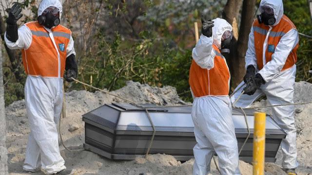 Brasil tem 181,4 mil mortos por Covid-19, mostra consórcio de imprensa