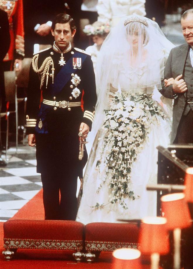 Đặt lên bàn cân hai lần cưới vợ khác nhau một trời một vực của thái tử Charles - Ảnh 6.