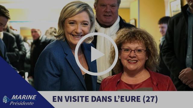 Marine Le Pen en déplacement à Ecouis et Igoville dans l'Eure (06/01/2017)