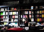 Tener una librería online puede llegar a convertirse en un modelo de negocio ecológico, porque se evita el gasto innecesario de papel.