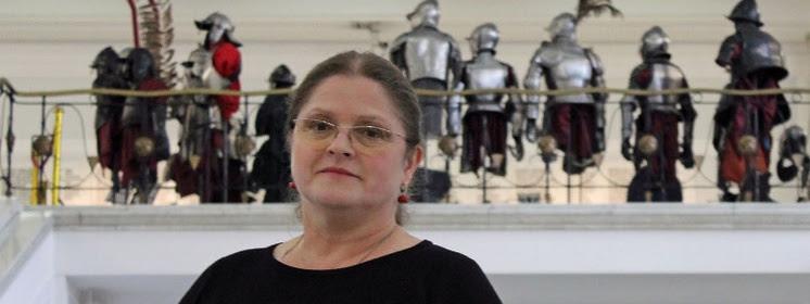 Prof. Krystyna Pawłowicz pyta premiera: Czy Polska przyjmuje imigrantów?