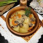 Грибы с картофелем в сметанном соусе