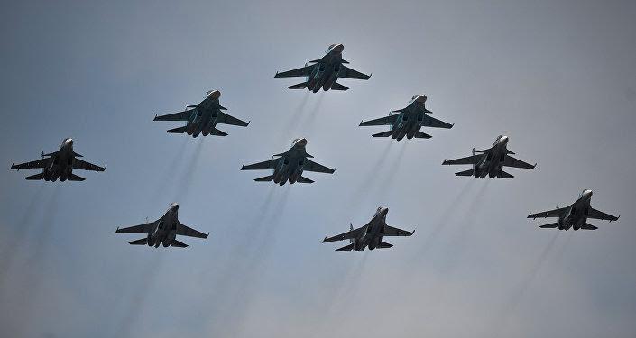 Cazas rusos Su-30 y Su-35