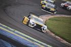 Claudio Buschmann #12 venceu as duas corridas em Cascavel (Luciano Santos/SigCom)
