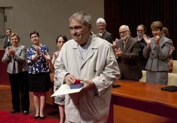 Poeta galardonado, Rafael Cadenas