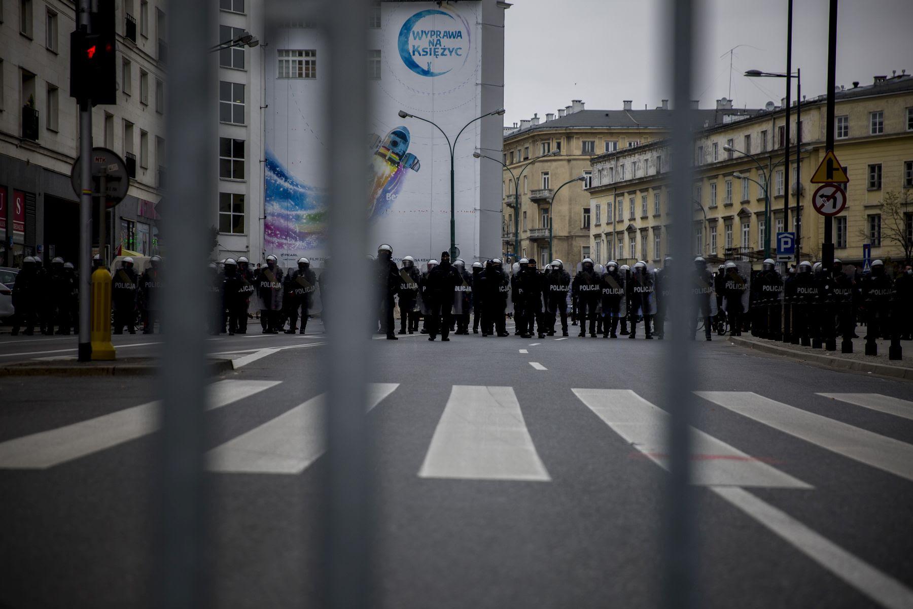 Marsz Niepodległości 2020: https://marszniepodleglosci.pl/wp-content/uploads/2020/11/20201111-Marsz-Niepodleglosci-fot.-K.-Olszewska-022.jpg
